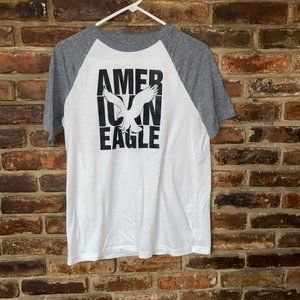 American Eagle Gray White Graphic T-Shirt